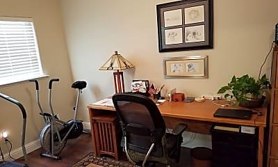 Living Room, 162 Hidden Glen Dr, 2