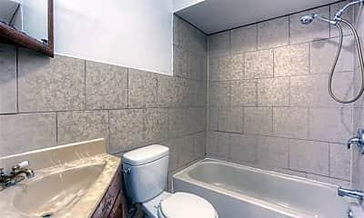 Bathroom, 5605 Mayfair St, 2