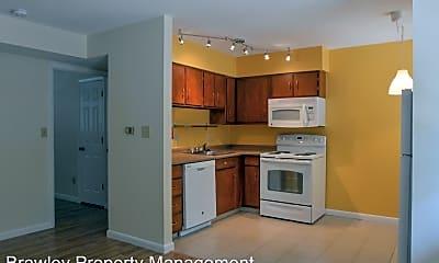 Kitchen, 828 W Dixie St, 1