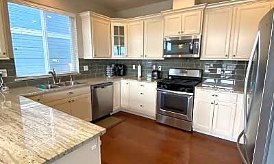 Kitchen, 4318 Blackstone Way, 1