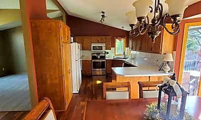 Kitchen, 1069 Bonnieview Dr, 1