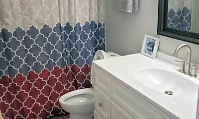 Bathroom, 100 S Prairie Ave, 2