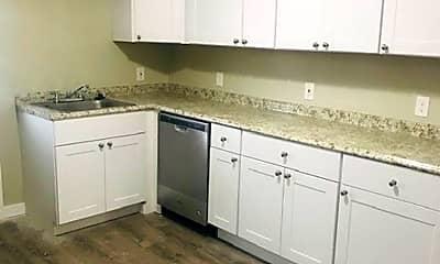 Kitchen, 325 Linden Ave, 2