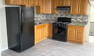 Kitchen, 563 N Laurel St, 2