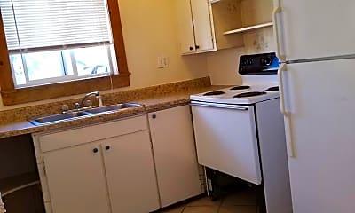 Kitchen, 1007 23rd Street Rd, 2
