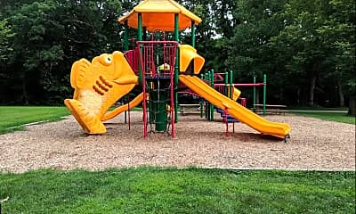 Playground, 1009 Parkway Dr, 2