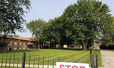 Monroe Garden Apartments, 2