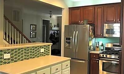 Kitchen, 19424 Makayla Ln, 1
