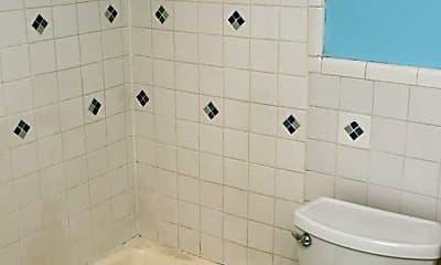 Bathroom, 1800 Jefferson Park Ave, 2