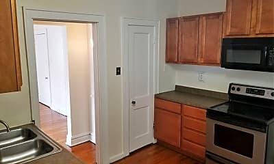 Kitchen, 6843 Crest Ave, 1