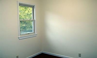 Bedroom, 709 E Culton St, 2