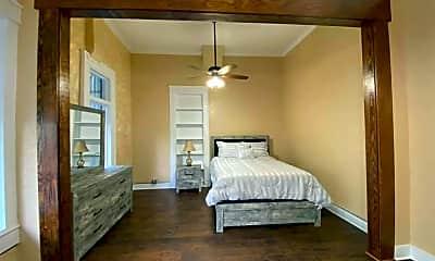 Bedroom, 115 E Austin St, 2