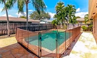 Pool, 301 NW 40th Terrace, 2