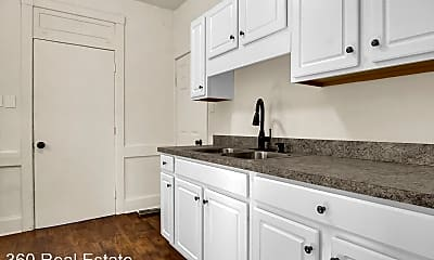 Kitchen, 2416 Reel St, 2