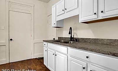 Kitchen, 2416 Reel St, 2