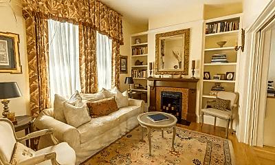 Living Room, 7 McCormick St, 1