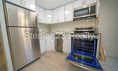 Kitchen, 32-77 34th St, 2