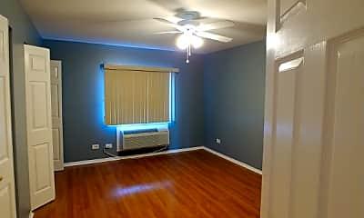 Living Room, 2245 W Nichols Rd, 1