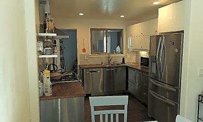 Kitchen, 134 Santa Barbara Ave, 0