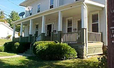 Building, 182 N Main St, 1
