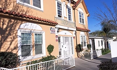 Building, 1495 Cedar Ave, 1