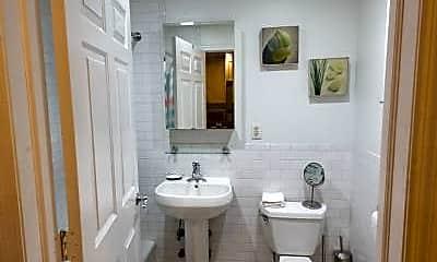 Bathroom, 15 St Marks Pl, 2