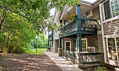 Whitnall Glen Apartments, 1