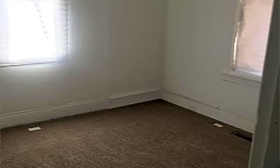 Bedroom, 5260 Jefferson St, 2