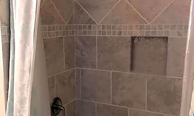 Bathroom, Hotel Roxy Lofts, 2