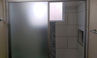 Bathroom, 1119 Justin Ave, 2