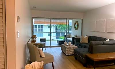 Living Room, 1417 Chesapeake Ave 201, 0