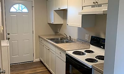 Kitchen, 1401 S County Rd 198, 0