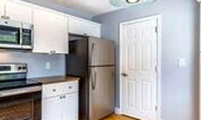Kitchen, 13174 Madison Ave, 1