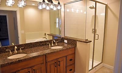 Bathroom, 330 W Front St, 2