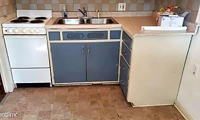 Kitchen, 660 Eleanor Ave, 1