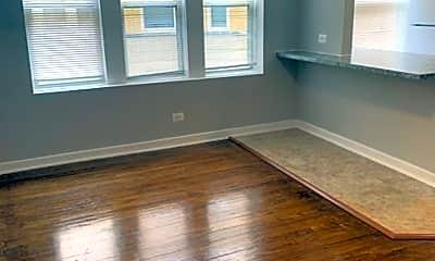 Living Room, 316 N Pine Ave, 1