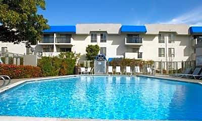 Newport Apartments, 0