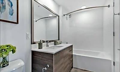 Bathroom, 400 SW 1st Ave 0, 2
