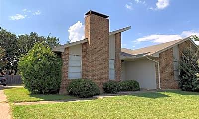 Building, 507 N Walnut Creek Dr, 2