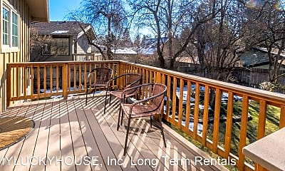 Patio / Deck, 305 NW Newport Ave, 2