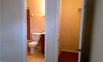 Bathroom, 151 E 24th St, 2
