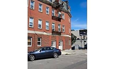 Building, 132 Emerson St, 2