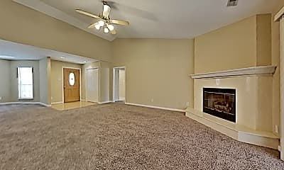 Living Room, 4886 Masters Drive, 1