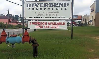 Riverbend Apartments, 1