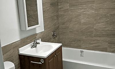 Bathroom, 1318 Carol St, 1