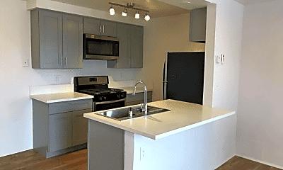 Kitchen, 12914 Doty Ave, 0