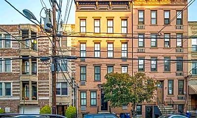 Building, 529 Jefferson St 7, 2