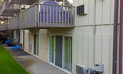 North Wood Apartments, 2