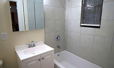 Bathroom, 1221 W Rosedale Ave, 1