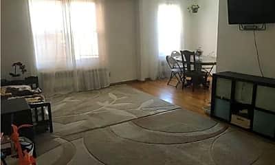 Living Room, 2665 Homecrest Ave, 0